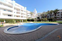 Beautiful apartment with access to the terrace and private garden, 2 bedrooms and communal pool