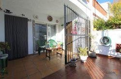 Nice terraced house with cosy living room, 3 bedrooms and wonderful terrace